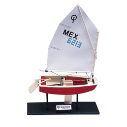 CLASS SAIL INTERNATIONAL - OPTIMIST BOAT MODEL (OPTI)